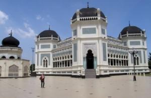 Medan-Mesjid-Raya